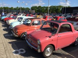 Kleurrijke Fiat's